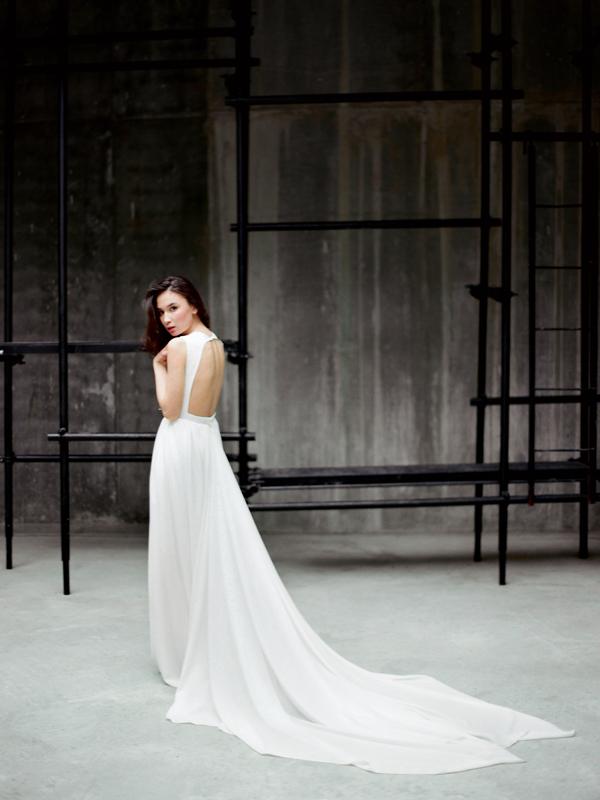 мила мира платье